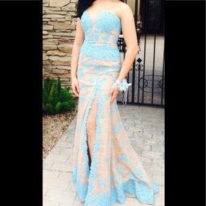 Shetri Hill Dress